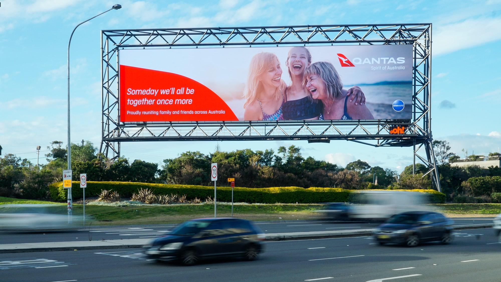 Huge billboard goes digital at Sydney Airport | oOh!media