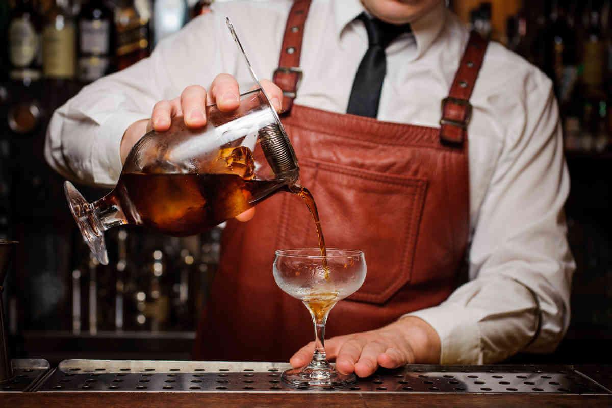 Học pha chế bartender - Không chỉ là công thức mà là nghệ thuật sáng tạo