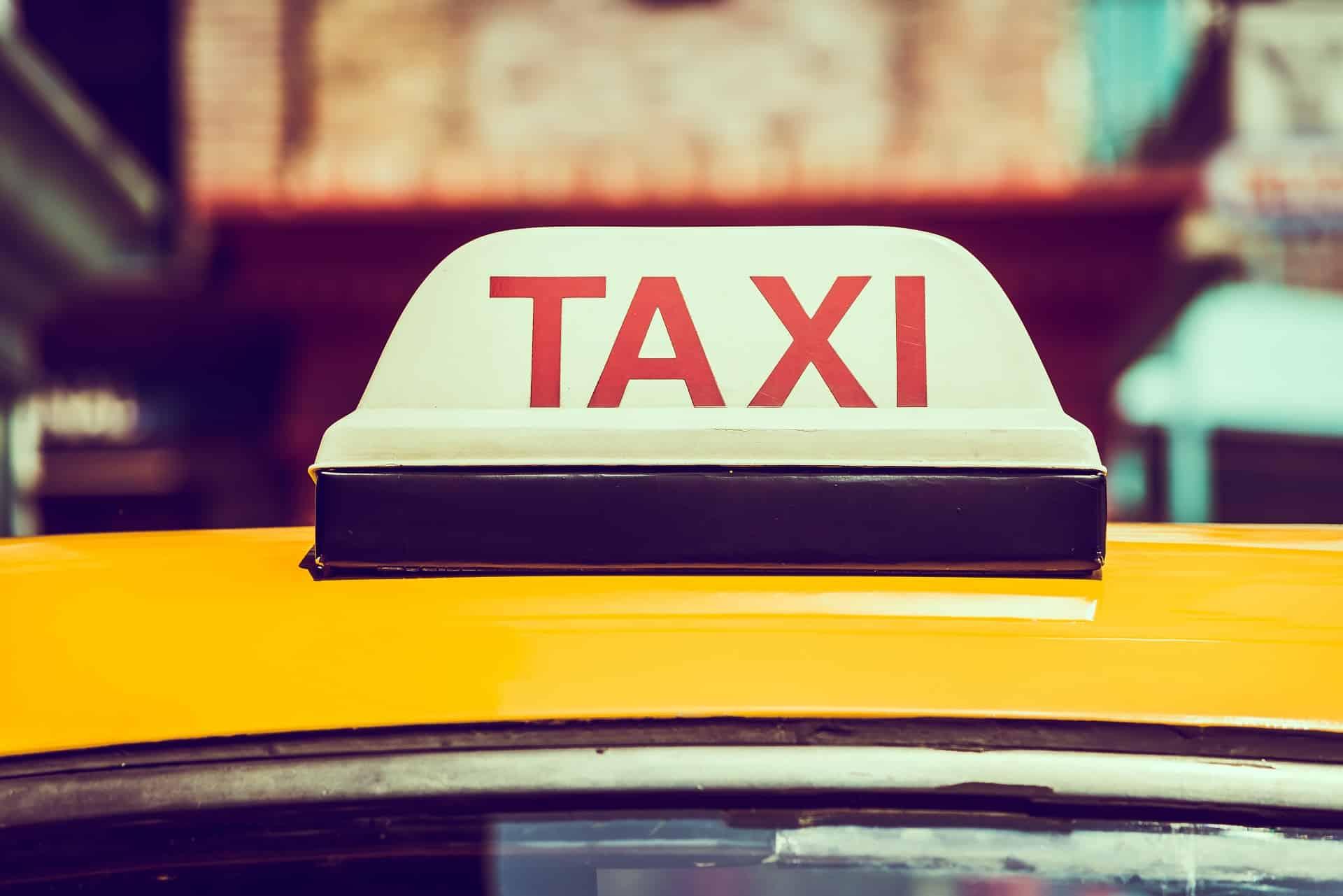 16 đơn vị kinh doanh taxi, xe hợp đồng dưới 9 chỗ đủ điều kiện hoạt động trở lại - Cổng thông tin du lịch thành phố Đà Nẵng