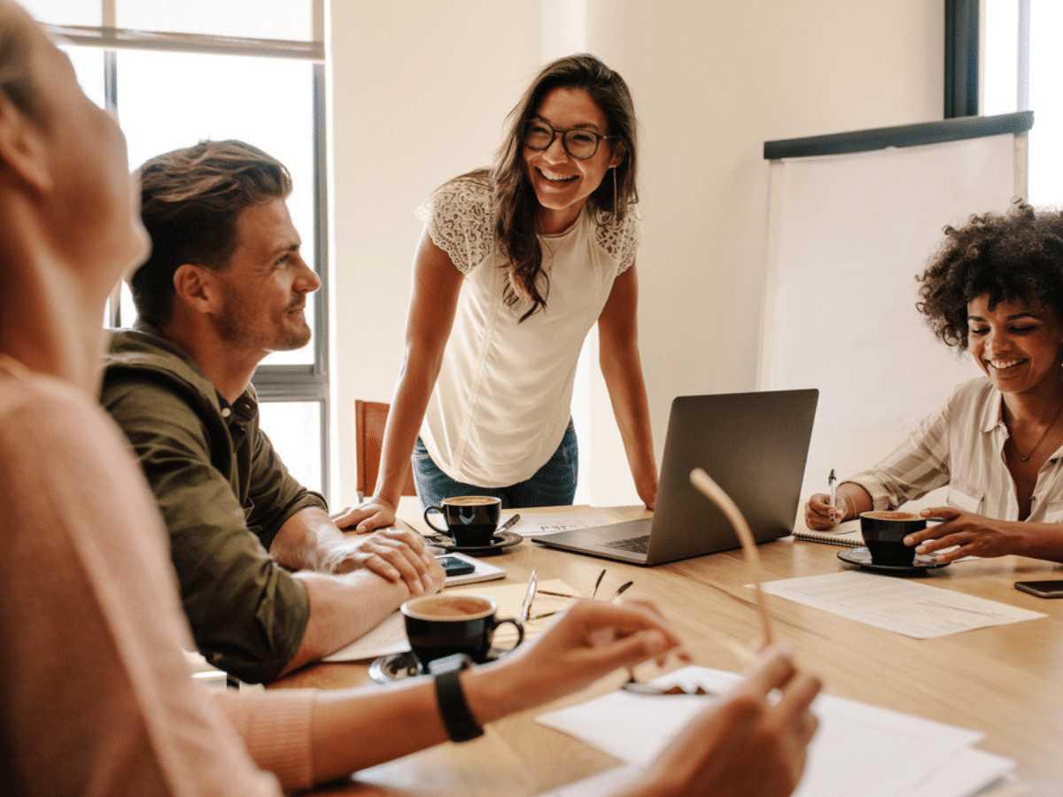 Vai trò trong kỹ năng giao tiếp để giúp mỗi người thành công   Cleanipedia