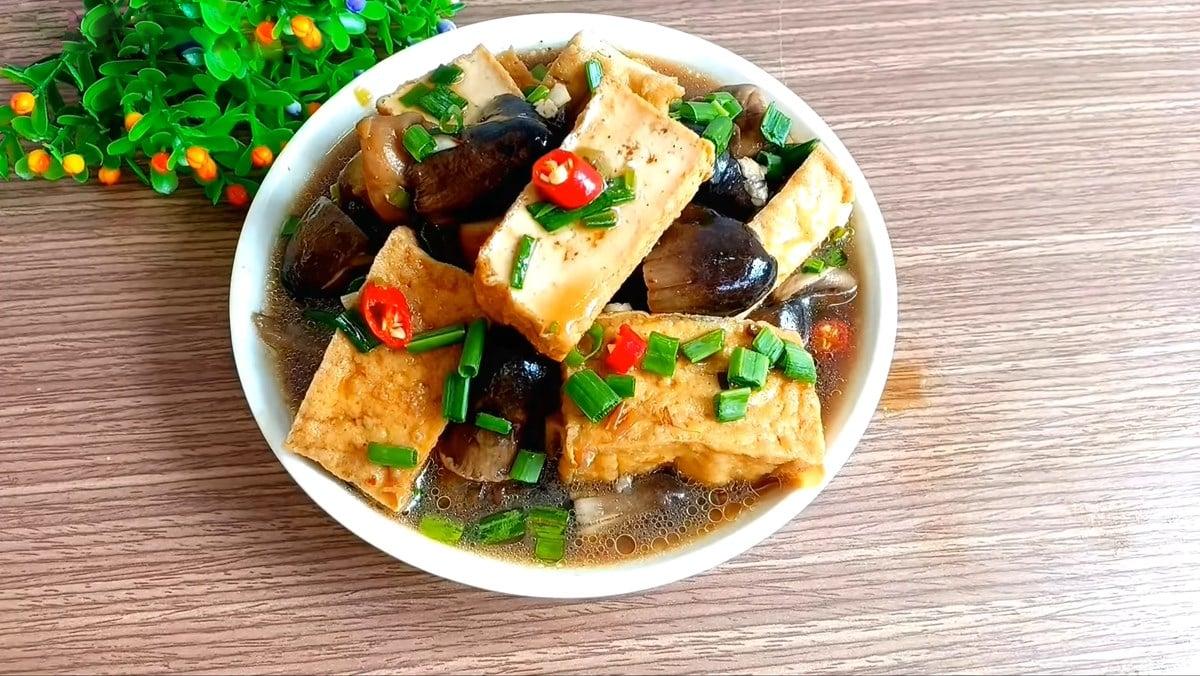 2 Cách làm nấm rơm kho đậu hũ và kho chao bắt cơm thơm ngon