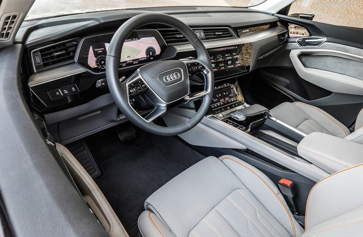 10 nội thất ôtô đẹp nhất 2020 - VnExpress