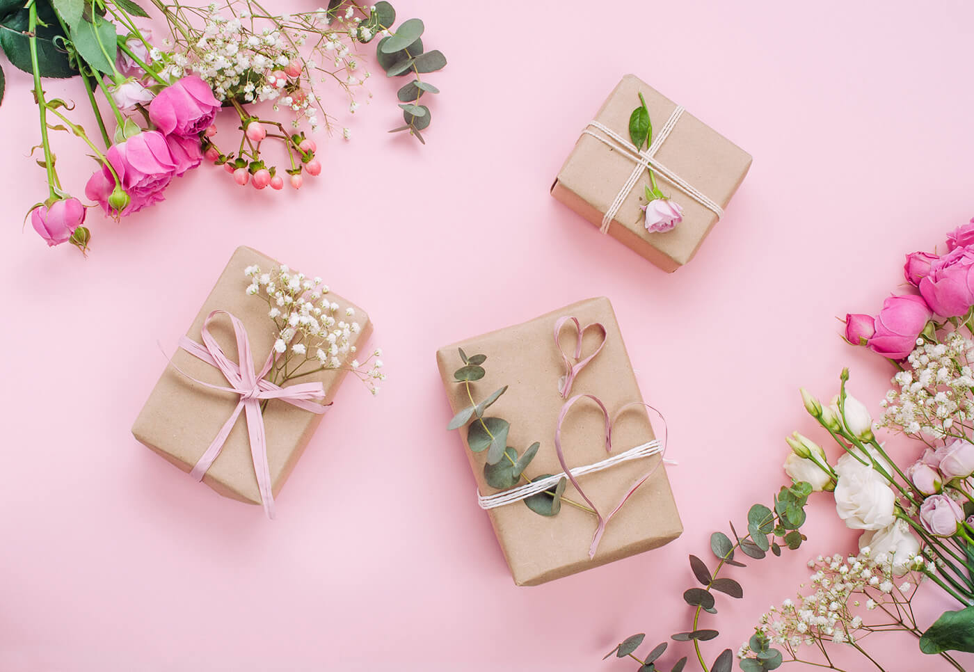 How Much Should You Spend on a Wedding Gift? - Experian