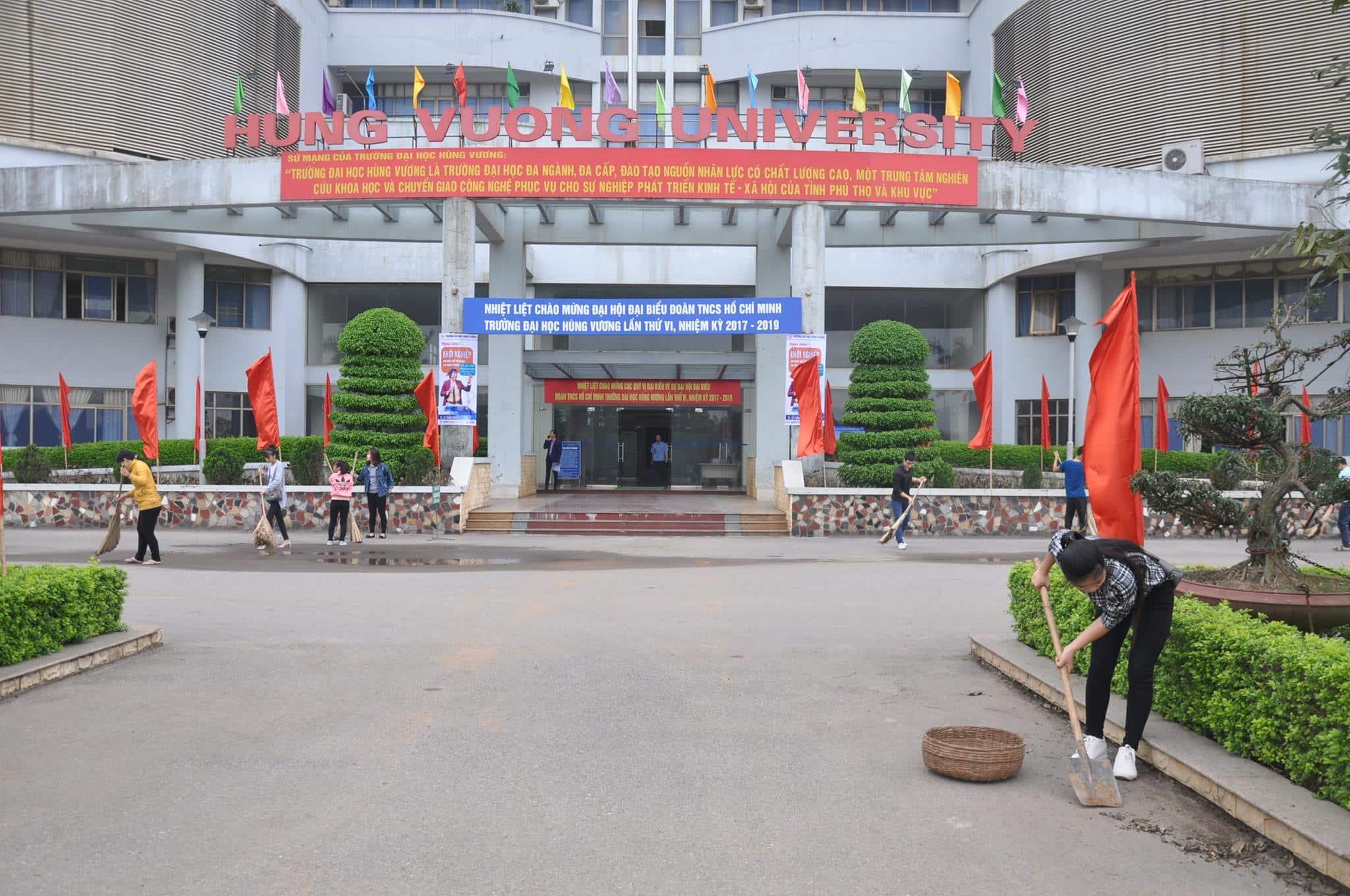 Năm 2019-2020, Đại học Hùng Vương có mức học phí như thế nào?