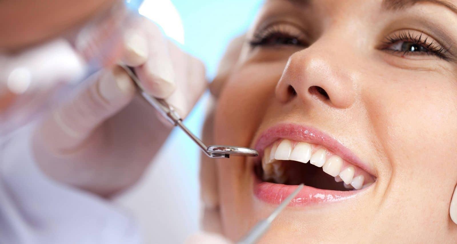 Bọc răng sứ thẩm mỹ Hà Nội 8