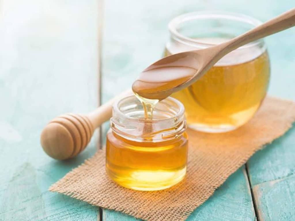 Điều gì xảy ra khi bạn thường xuyên uống nước ấm pha mật ong?   Sức khỏe   Thanh Niên