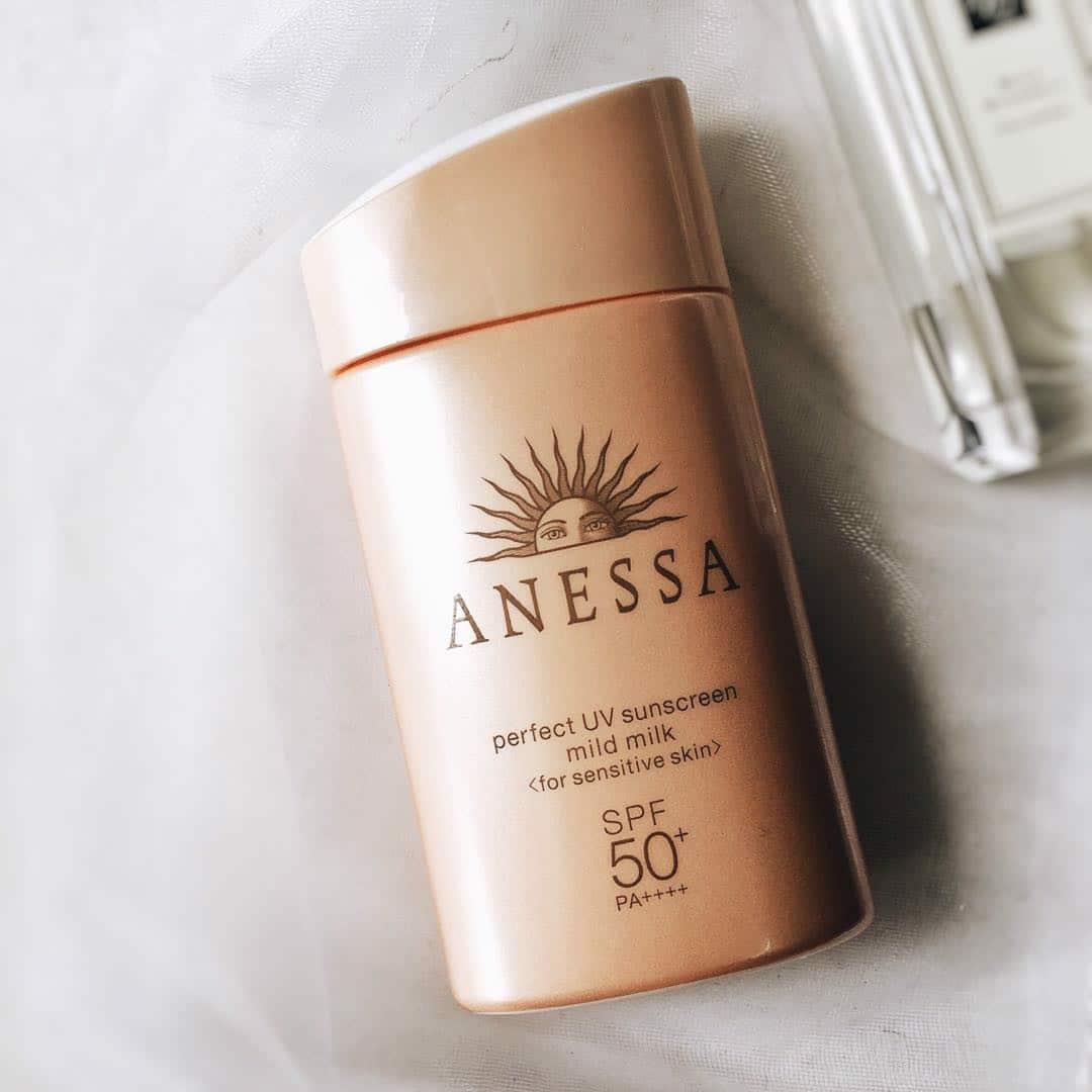 Kem chống nắng cho da nhạy cảm Anessa Perfect UV Sunscreen Mild Milk SPF50+ PA++++ (60ml) – Bonita Cosmetic Shop