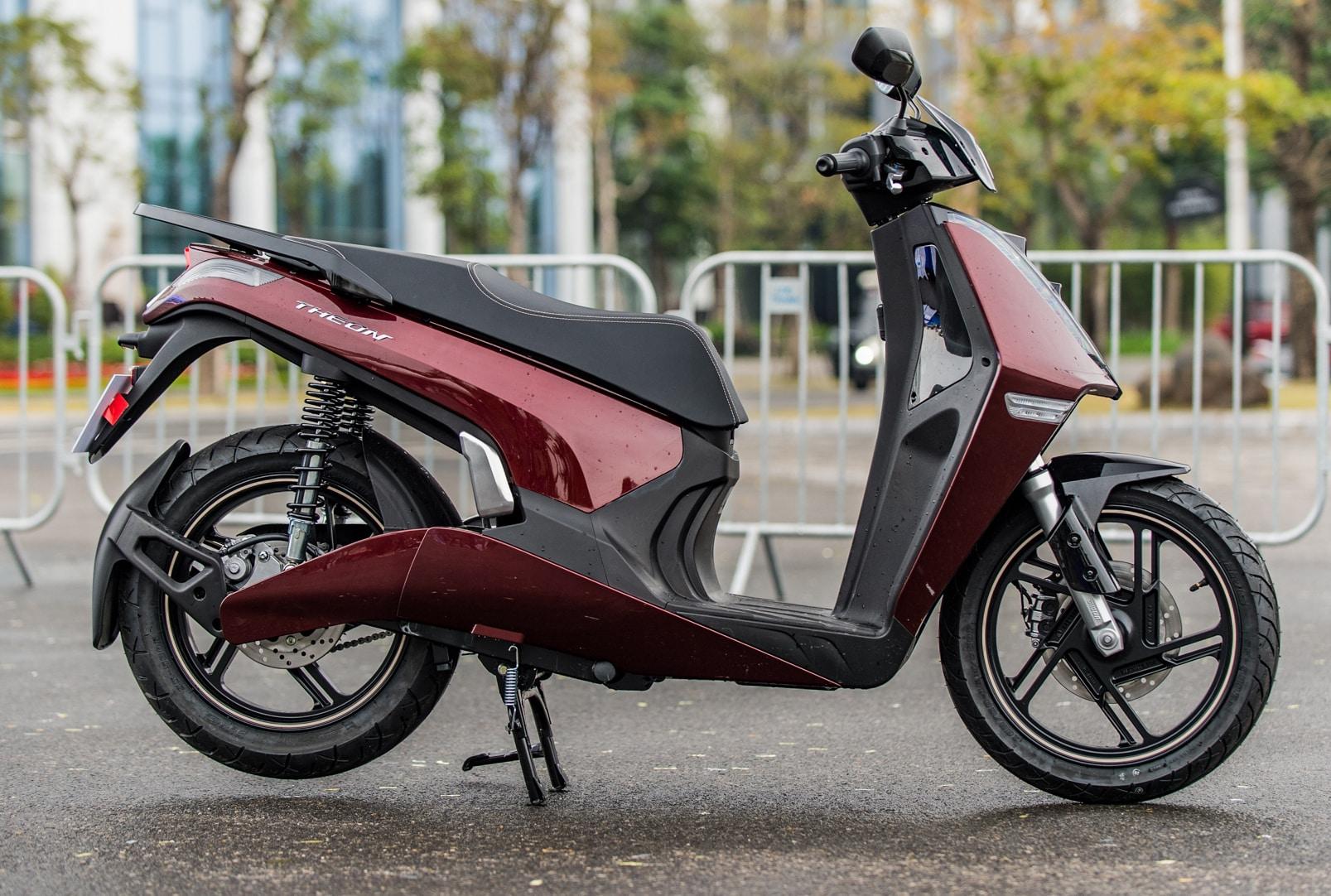 Những mẫu xe máy điện sang chảnh giá đắt đỏ tại Việt Nam - VietNamNet