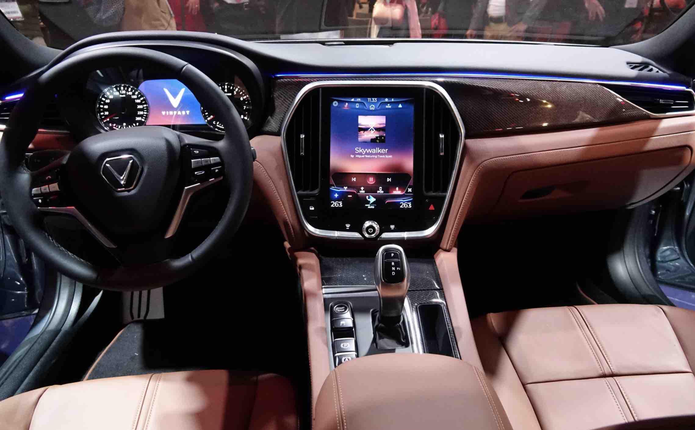 Kinh nghiệm bảo vệ nội thất ô tô dành cho người mới bắt đầu