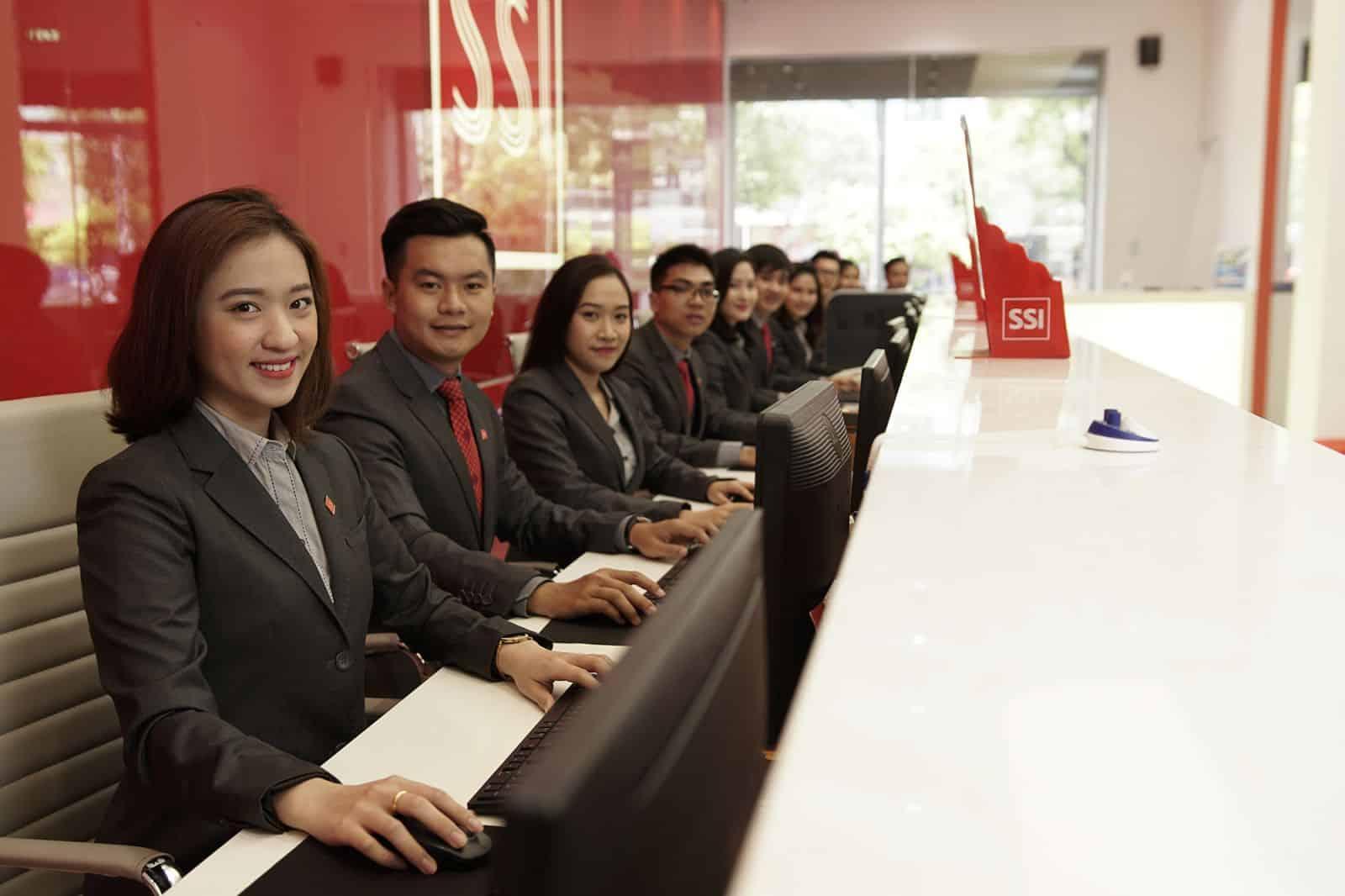 TCBC] SSI là công ty chứng khoán duy nhất trong top 30 doanh nghiệp tư nhân có lợi nhuận tốt nhất năm 2018