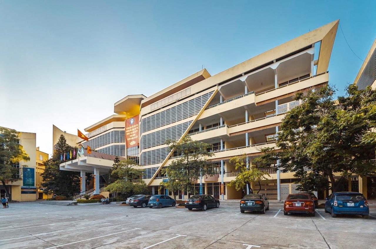 Điểm chuẩn Học viện Tài chính năm 2020 và 2019