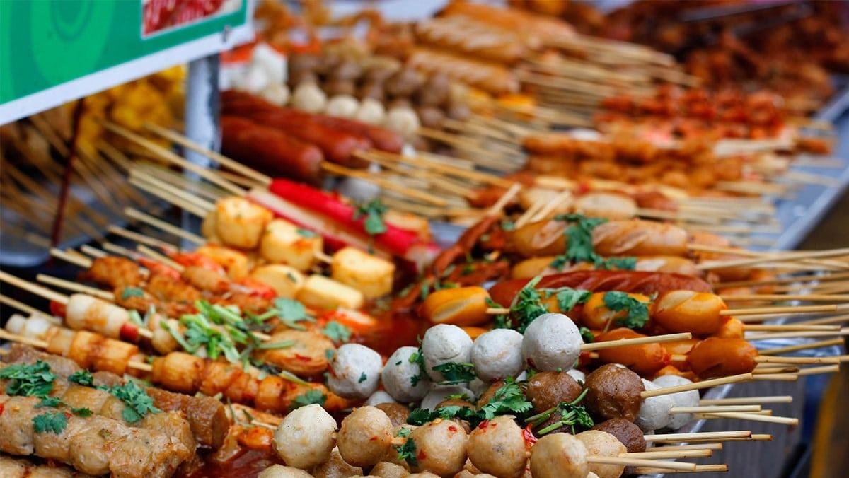 Phố ăn vặt Sài Gòn ( 2 )